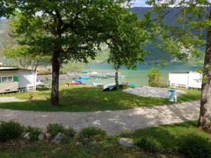 camping-arbaz-lac-d-aigubelette-savoie-2020-1